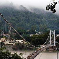 Varanasi - Gaya - Allahabad - Chitrakoot - Ayodhya - Naimi Sarnya - Lucknow Tour