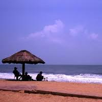 Cherai Beach - Alleppey Backwaters In House Boat- Kovalam Beach - Thiruvananthapuram City Package
