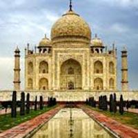 Taj Mahal day tours