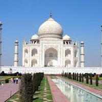 Taj Mahal with Sacred Ganges Tour