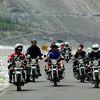 Discover Ladakh by Bike