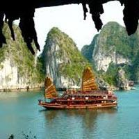 Hanoi Halong + Overnight Cruise Tour