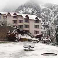 Weekend Getaway To Manali Tour