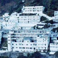 Srinagar Tour With Vaishno Devi