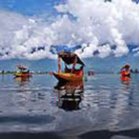 Srinagar Gulmarg Tour Package