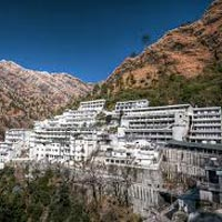 Idyllic Kashmir Vaishno Devi Tour