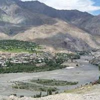 Journey of Ladakh via Kargil Tour