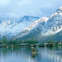 Kashmir Houseboat Tour With Sonamarg And Pahalgam
