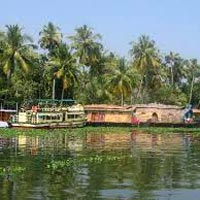 Feel the Green Magic in Kerala Glorious Package