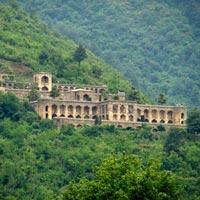 Kashmir Enchanting Tour