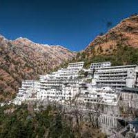 Kashmir And Vaishnodevi Tour