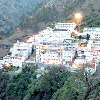Vaishno Devi & Kashmir Tour Package (8 N/9 Days)