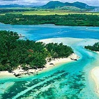 Mauritius 5 star Holiday Package for 5 Days with Child Stays Free Offe