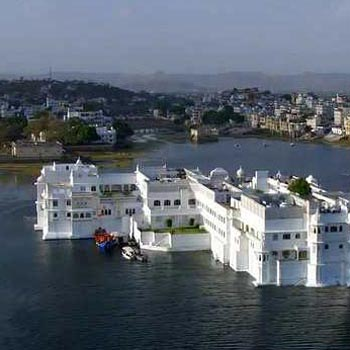 Udaipur 3 star package for 3 days Tour
