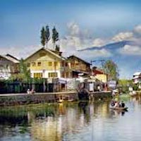 Dream Destination Kashmir Tour