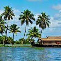 5 Days Kerala Honeymoon 4 star Tour