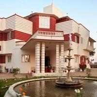 Desert tour with Hotel Karni Bhawan Palace