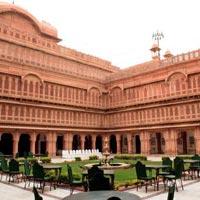 Luxurious Bikaner tour with Laxmi Niwas Palace