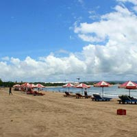 Bali Kuta beach - Plan Journeys