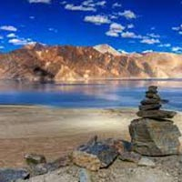 Kashmir and LADAKH Tour