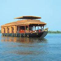 Kerala Honeymoon  5 DAYS Package