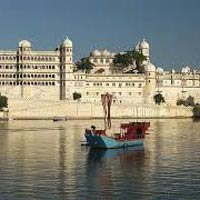 Udaipur Fort and Places Tour