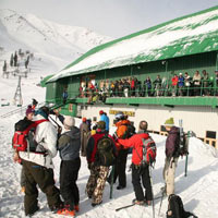 Kashmir Deluxe - 3 Star Package (7 D & 6 N)