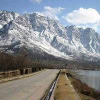 Srinagar - Sonmarg - Gulmarg Tour Package