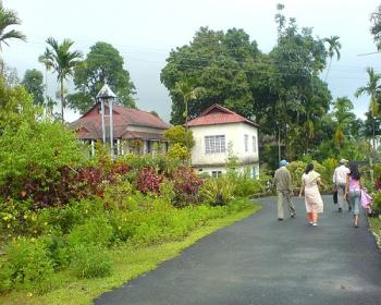 mowlyonnong Village