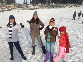 KID'S ENJOYING AT GULMARG {2017}