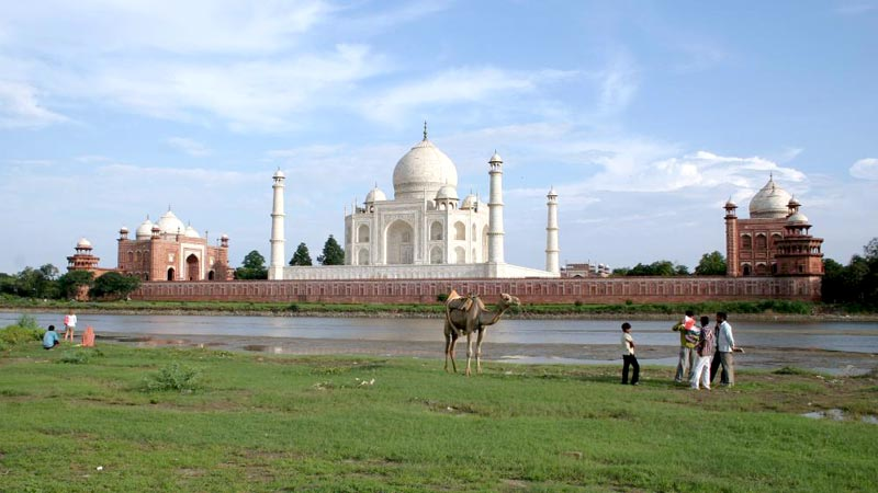 Taj Mahal (Golden Triangle) & Khajuraho (Temples) With Varanasi (Ganges) Tour