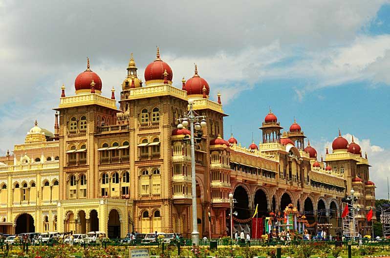 Mysore Sightseeing Tour