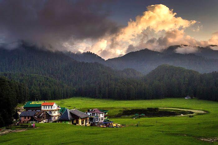 New Delhi - Shimla - Manali - Dharamshala - Dalhousie - Amritsar Tour