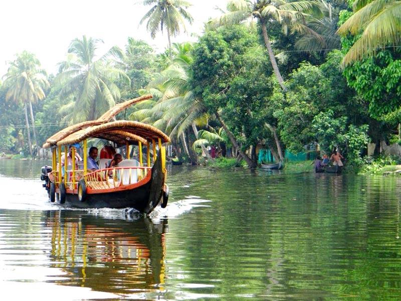 Kerala 3*** Deluxe Tour