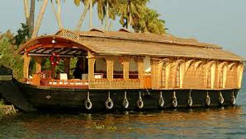 Kerala Beaches & Backwater Tour