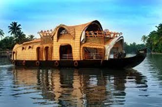 Kerala Houseboat Tour