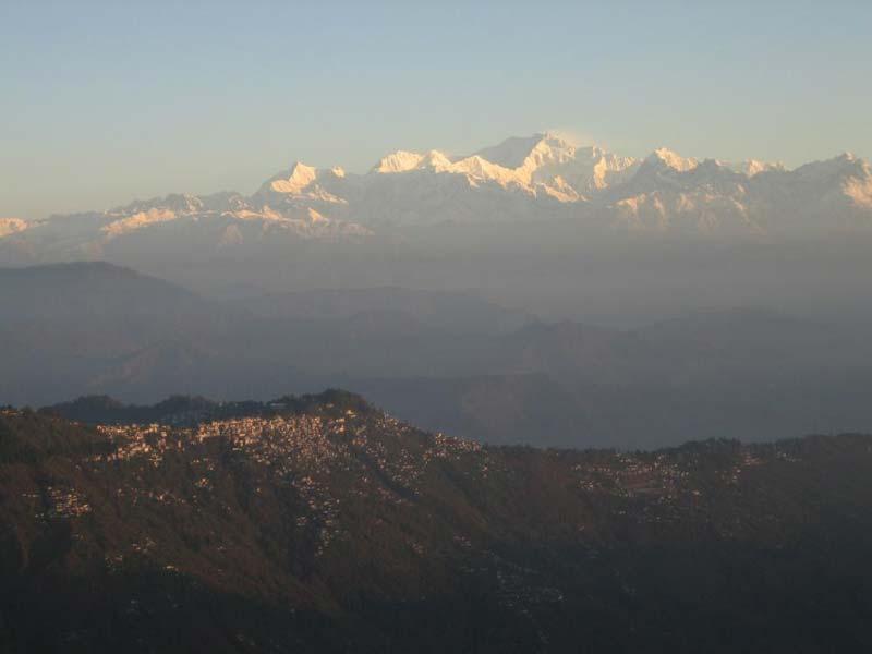 Himalayan Queen - Darjeeling Tour