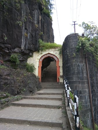 Sajjangarh - Thoseghar - Kas Pathar Tour