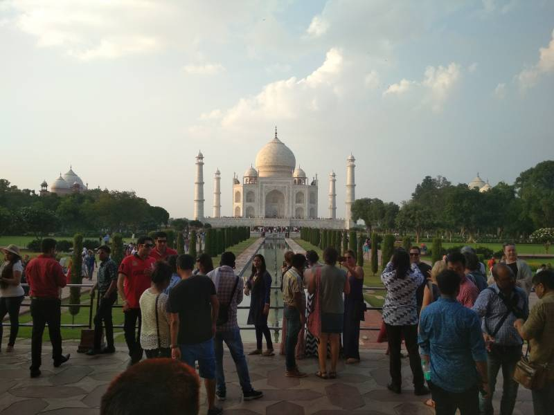 Trips to Taj Mahal By Private Car Tour