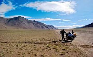 Adventure Travel Ladakh Tour
