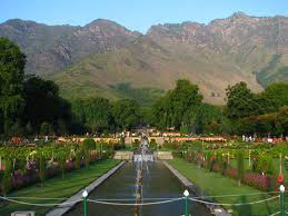 Kashmir-Srinagar Tour Package