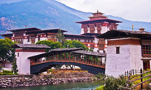 Phuentsholing – Thimphu – Wangdue / Punakha – Paro Tour