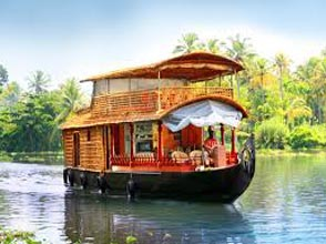 Munnar Alleppey Houseboat  Tour