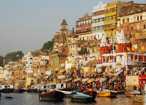 Khajuraho & Varanasi Tour