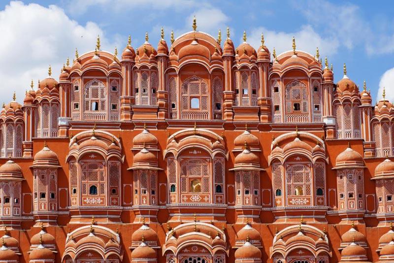 Delhi - Mandawa - Bikaner - Jaisalmer - Jodhpur - Udaipur - Chittorgarh - Jaipur Palace Tour