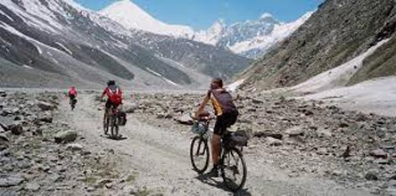 Ladakh on Bicycle Tour