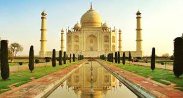 2 Days Taj Mahal Trip from Mumbai Package