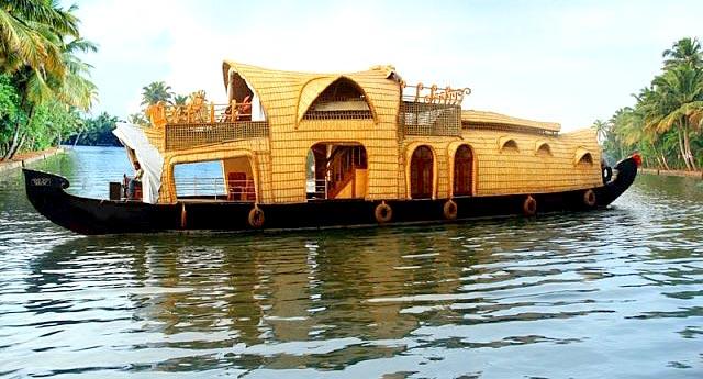 Kerala House Boat Tour