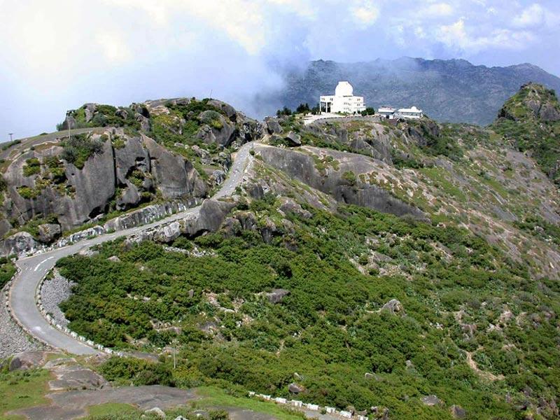 Kutch - Mount Abu 4N/5D Tour.