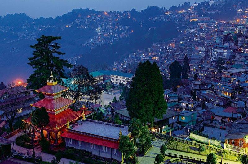 Bagdogra Airport / NJP Railway Station – Darjeeling (Approx - 80 kms 3 hrs)